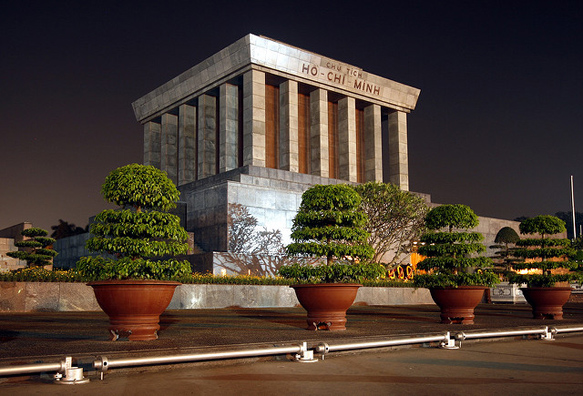 mausoleums ho-chi-minh-mausoleum-vietnam