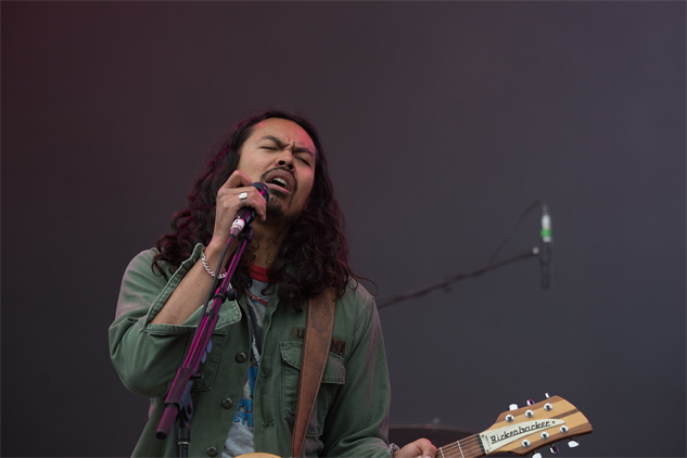 meadowsfest the-temper-trap-3
