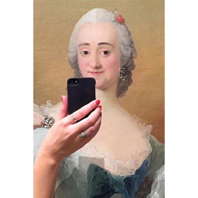 gallery album anon selfies