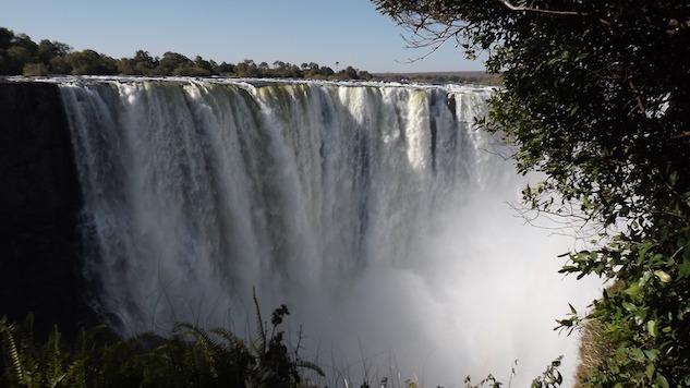 naturegal victoria-falls-605911-1920