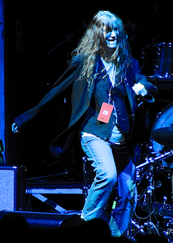 neil-youngpatti-smith photo_25682_2-2