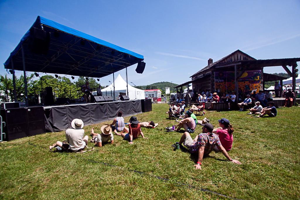 nelsonville-music-fest photo_17953_0-2