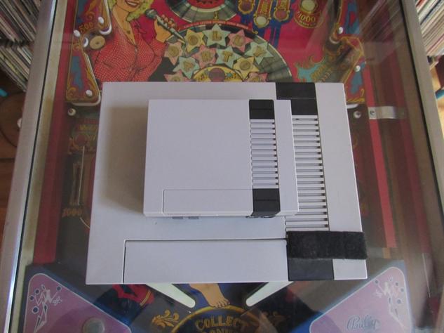 nes-classic-box nes-classic-unboxing-14