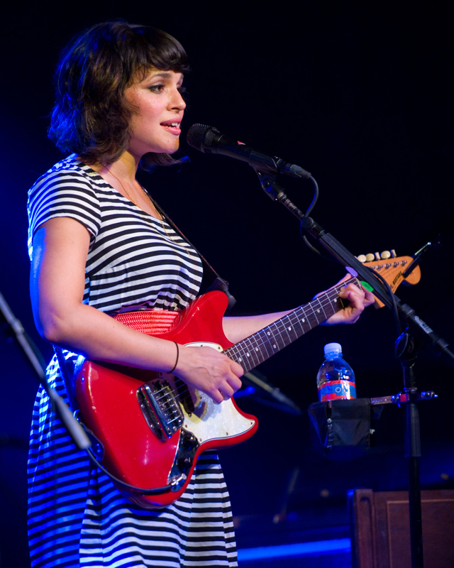 norah-jones photo_12922_0-2