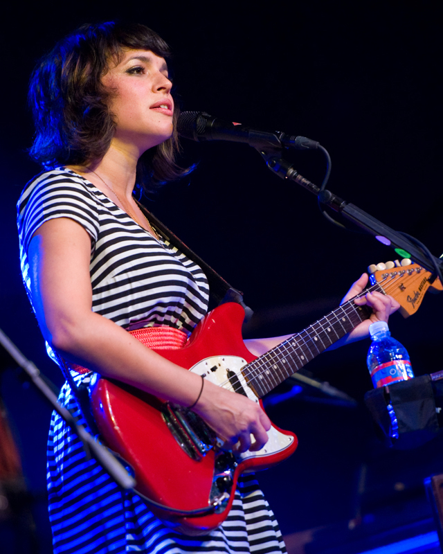 norah-jones photo_12923_0-3