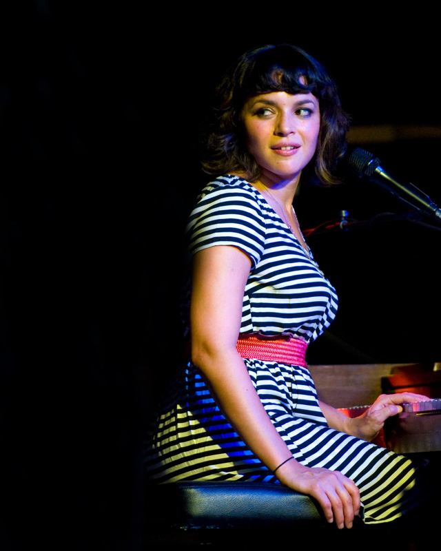 norah-jones photo_32253_0-11