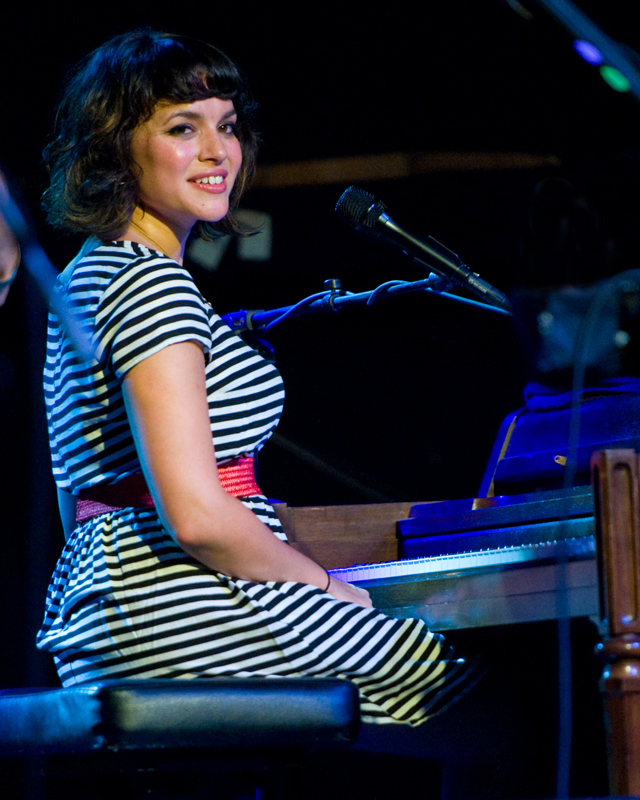 norah-jones photo_32513_0-2