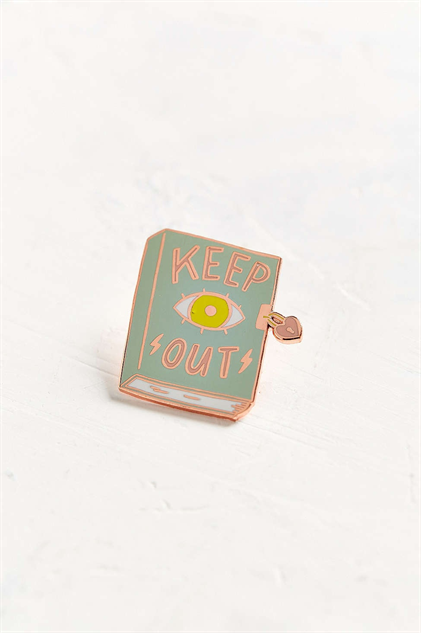 novelty-lapel-pins keep