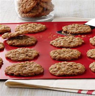 oatmeal-cookies 1-quaker-cookies
