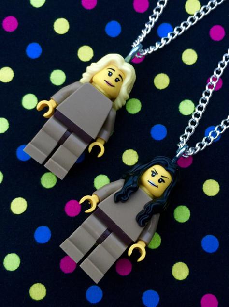 oitnb-etsy-crafts necklace