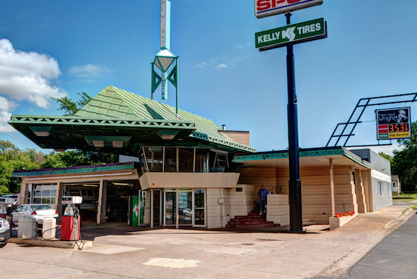 7 Old School Gas Stations You Can Still Visit Paste