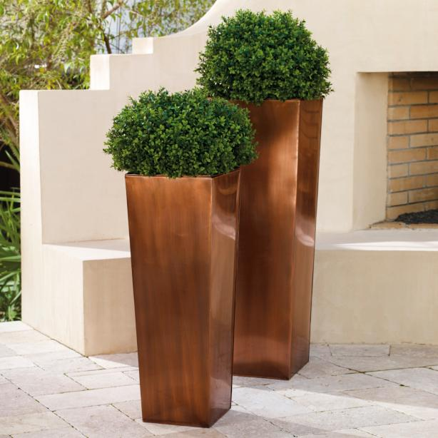 outdoor planters that