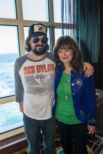 outlawcountrycruise shooter-jennings-jessi-colter-17-20-24-cr300-72