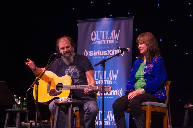 outlawcountrycruise steve-earle--jessi-colter--shooter-jennings-17-20-04-300-72