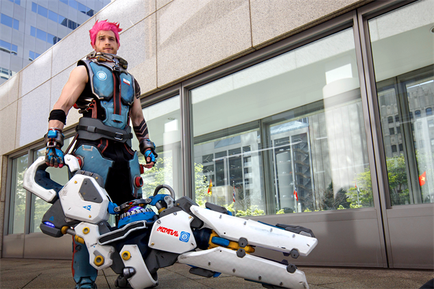 overwatch-cosplay jechts-as-zarya-wide