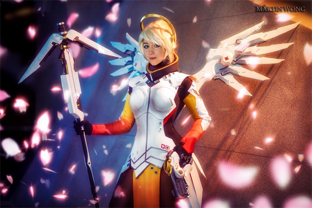 overwatch-cosplay oshley-as-mercy