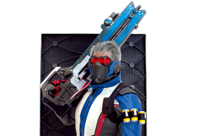 overwatch-cosplay phamtaro-as-soldier-76-small