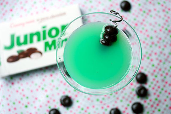 pantone-recipes chocolatemintmartini-10