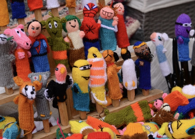 philly-christmas xmas-village-10-finger-puppets