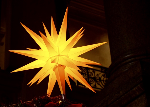 philly-christmas xmas-village-12-star