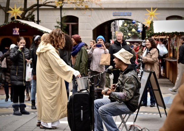 philly-christmas xmas-village-4-philly-jesus