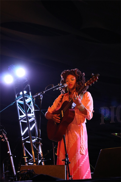 pickathon2014 16-pickathon-day-1-valerie-june