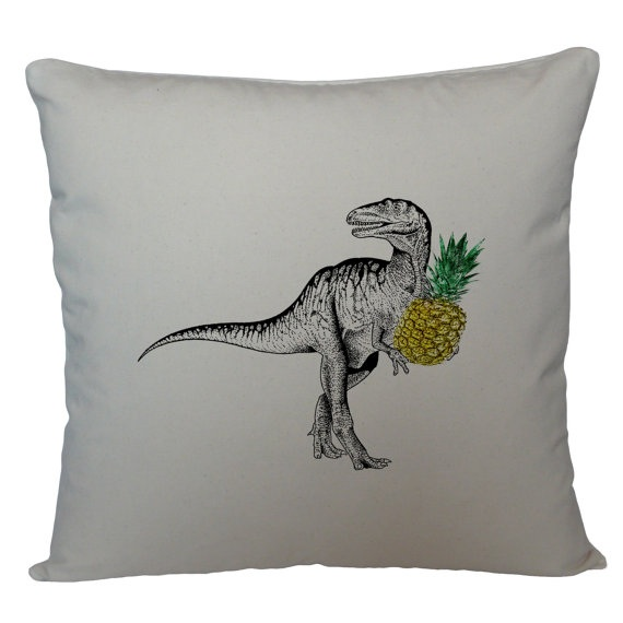 pineapple-theme home accessories for tropical appeal :: design