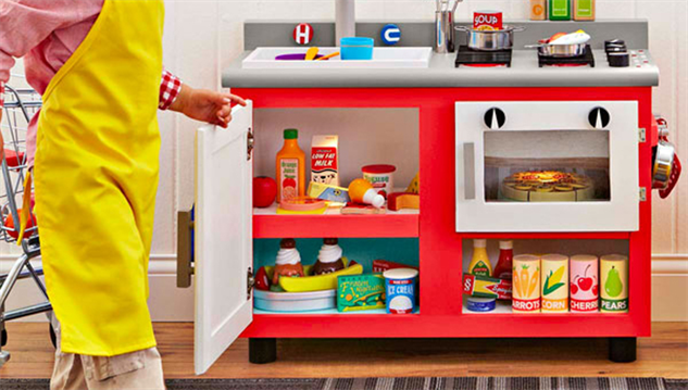 Play kitchens we wish were real food galleries paste Realistic play kitchen