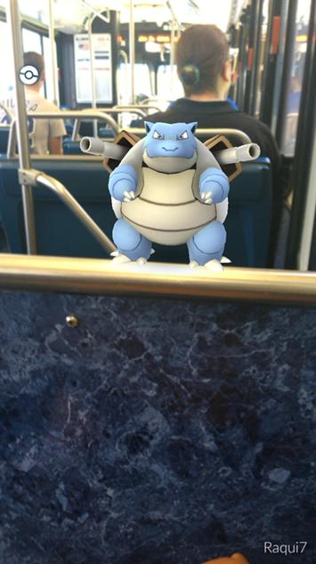 pokemon-go-photos bus-guy