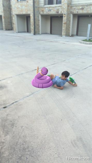 pokemon-go-photos pokemon-vs-boy