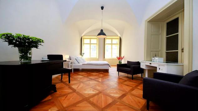 prague-airbnb prague-6