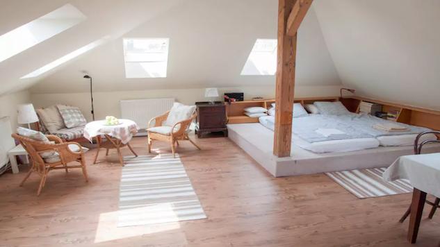 prague-airbnb prague-7