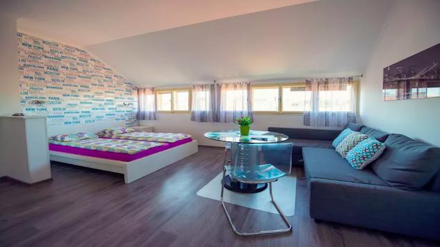 prague-airbnb prague-8