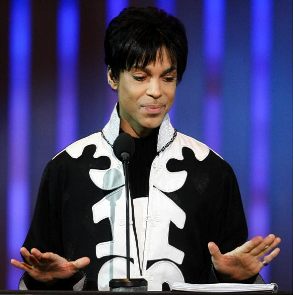 prince-through-the-years prince-2007-naacp-image-vince-bucci