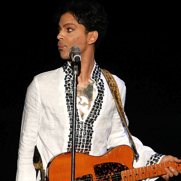 prince-through-the-years prince-2008-coachella