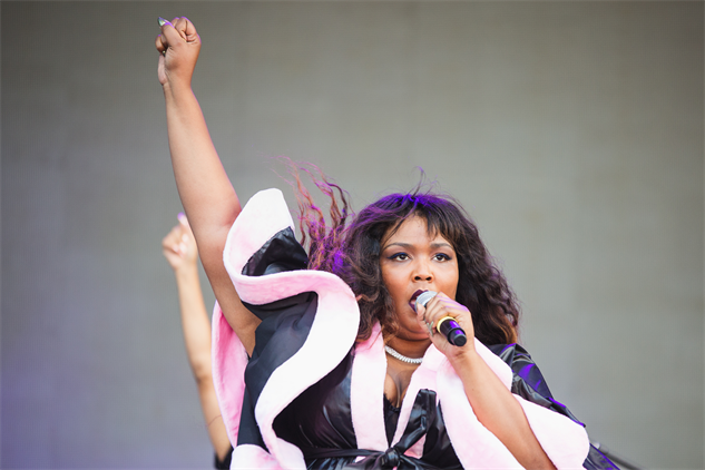 projectpabst17 lizzo-2794