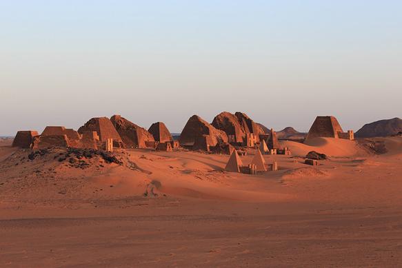 pyramids meroe-pyramids-sudan