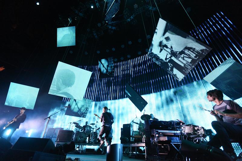 radiohead photo_16030_0-2
