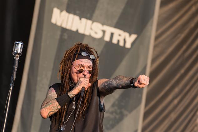 riotfest2017-d1 ministry-13