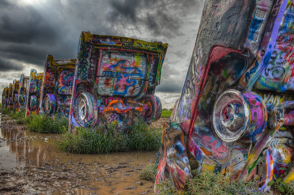 roadside-attractions cadillac-ranch-texas-paste