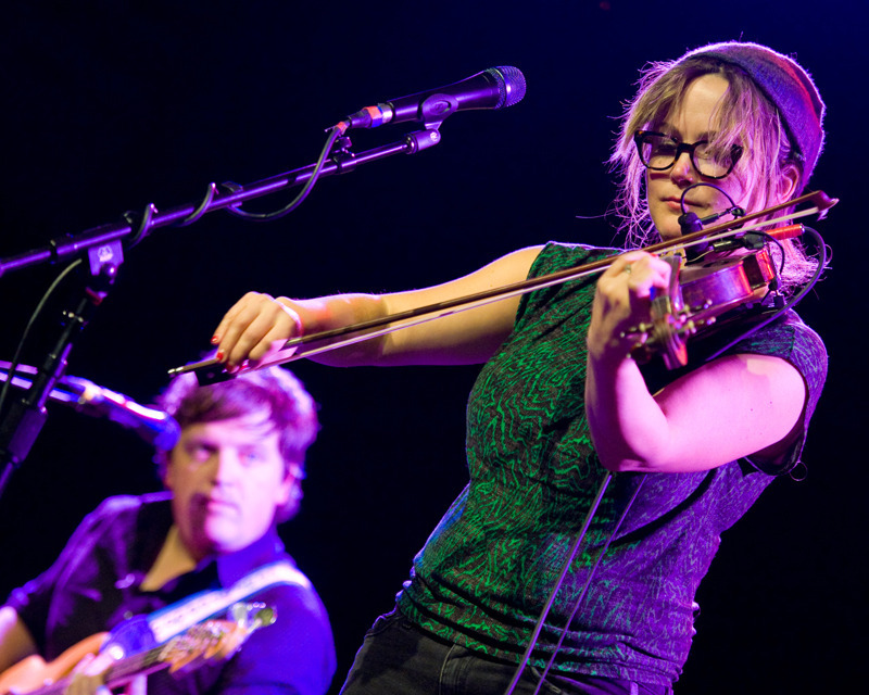 Micah, please!: Bonus Crush of the Week: Sara Watkins