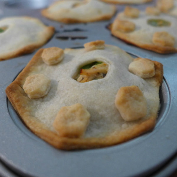 settlers-of-catan-inspired-eats catan-inspired-pot-pies