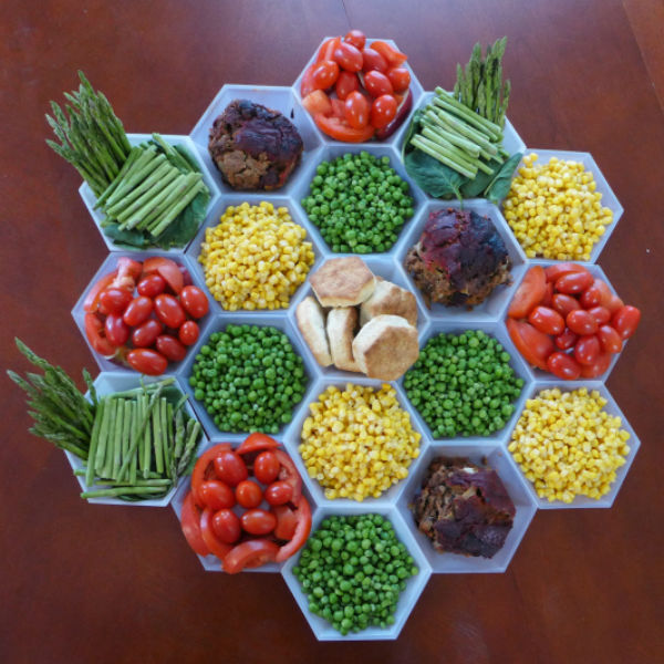 settlers-of-catan-inspired-eats catan-inspired-veggie-tray
