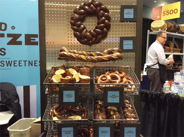 sf-fancy-food-show 21-pretzel-bread