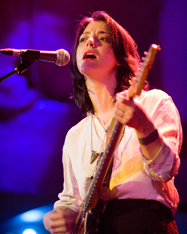 sharon-van-etten-2012 photo_12368_0-2