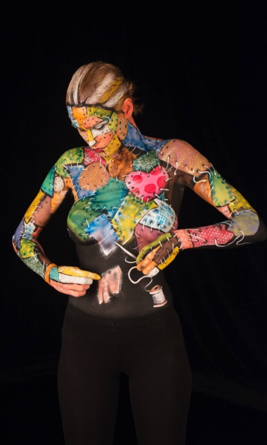 Exclusive Preview Tonight S Skin Wars Episode Promises Amazing Optical Illusions As Body Art Paste