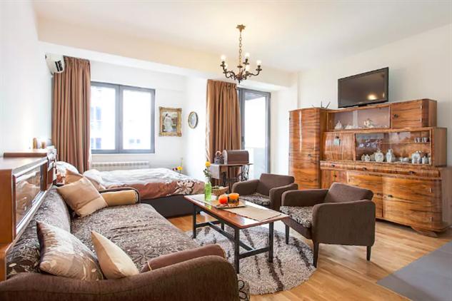 skopje-airbnb macedonia-1