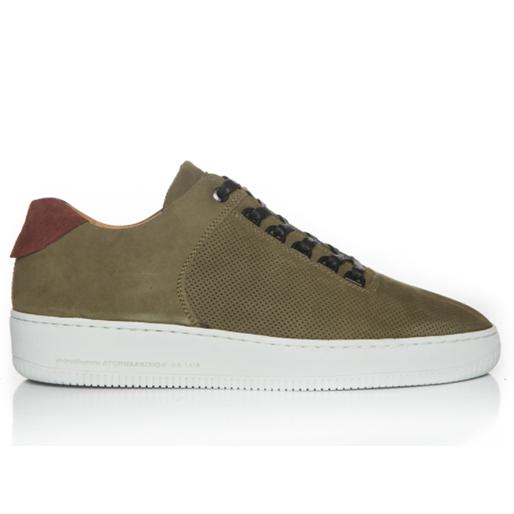 sneaker-gift-guide sneaker-head-12