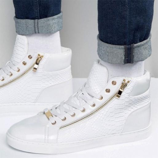 sneaker-gift-guide sneaker-head-3