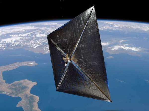 spaceships-of-the-future sails